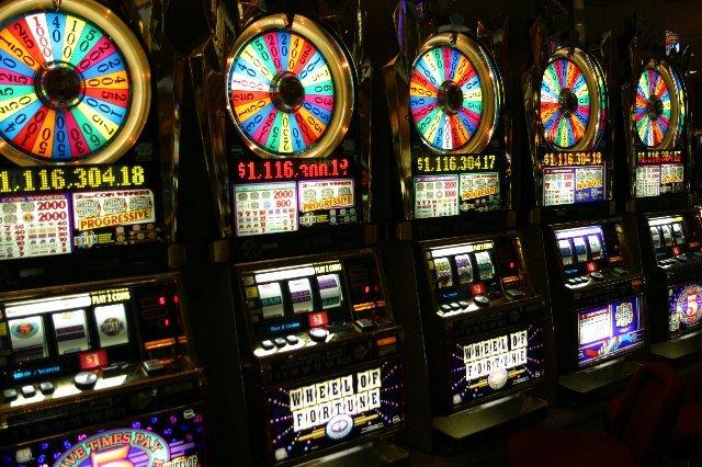 Играйте и выигрывайте в казино Вулкан Россия