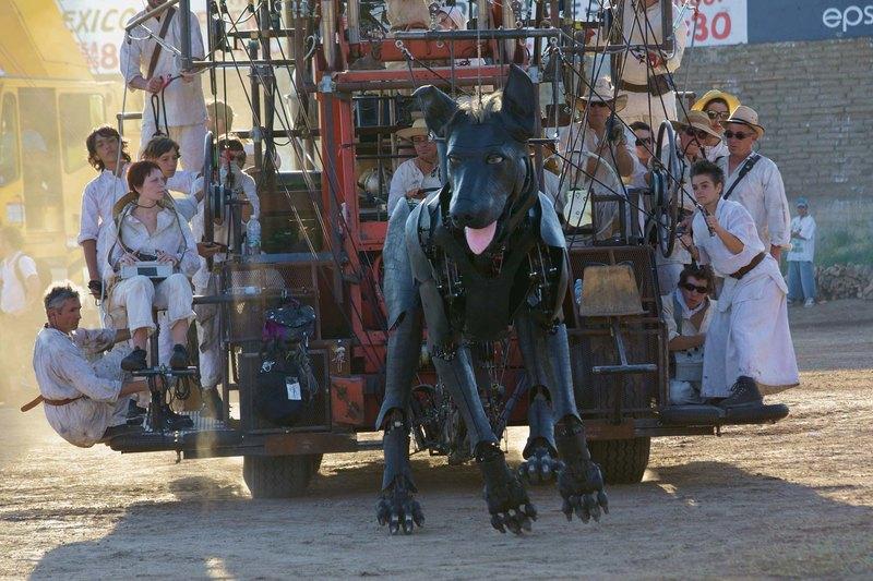 Уличный театр механических гигантов Royal de Luxe: парад кукол