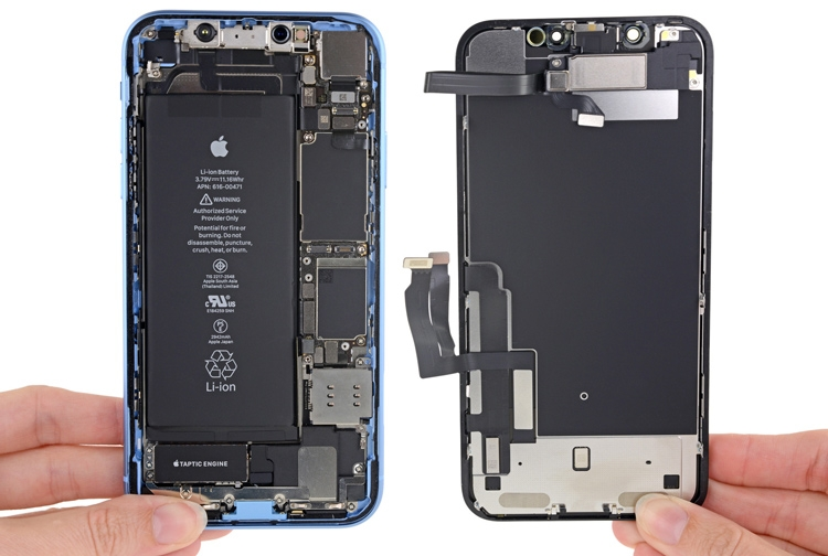 Разборка iPhone XR: какие сюрпризы спрятала Apple внутри младшего смартфона X-серии