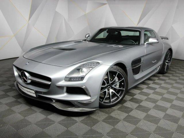 Mercedes-Benz представила родстер SLS AMG