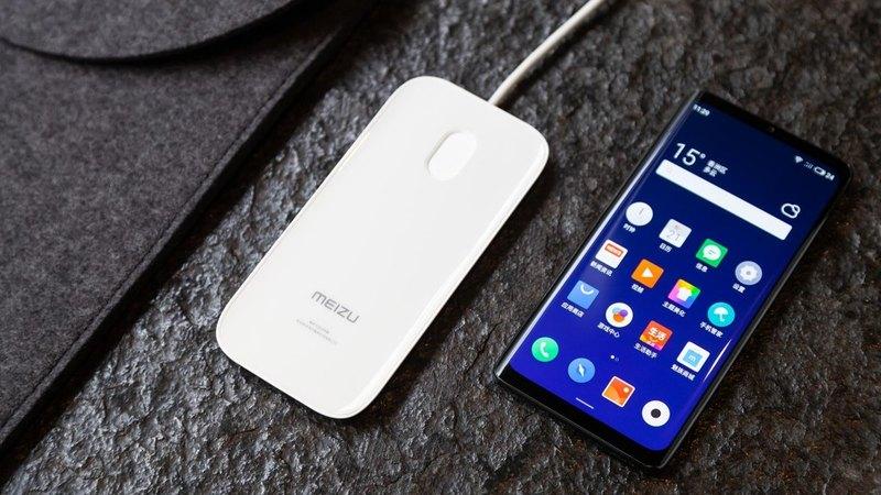 Китайцы показали керамический смартфон без зарядки, сим-карты и динамика