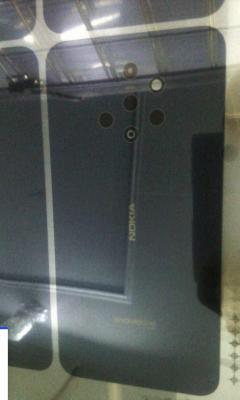 Nokia готовит смартфон с пятью камерами