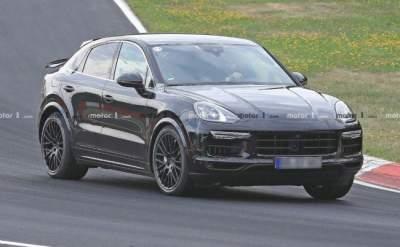Фотошпионы засняли Porsche Cayenne Coupe без камуфляжа