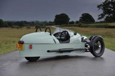 В Сети показали, как выглядел интересный трехколесный автомобиль