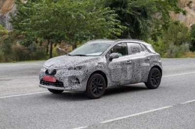 В Сети появились шпионские фото нового Renault Captur