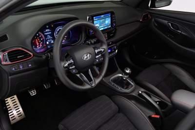 Обновленный Hyundai i30 N показали до официальной премьеры