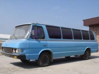 Так выглядит редкий микроавтобус ЗИЛ