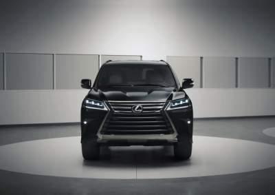 Lexus создала самый черный внедорожник