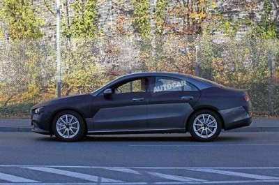 Фотошпионы показали новый Mercedes CLA