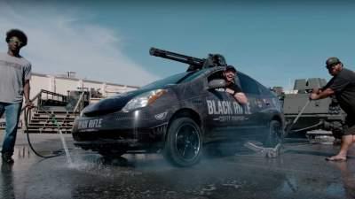 Toyota Prius превратили в
