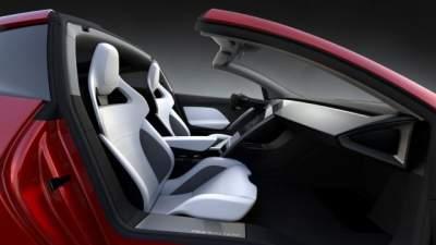 Новый Tesla Roadster установил рекорд скорости среди электрокаров