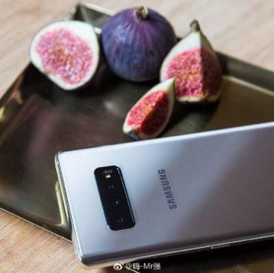 Появились первые «живые» снимки Samsung Galaxy S10