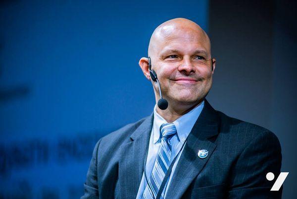 Майкл Хесс рассказал, как отбирают и готовят космонавтов NASA