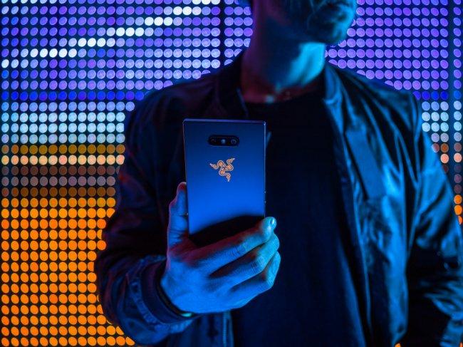 Эксперты рассказали о свойствах нового Razer Phone 2