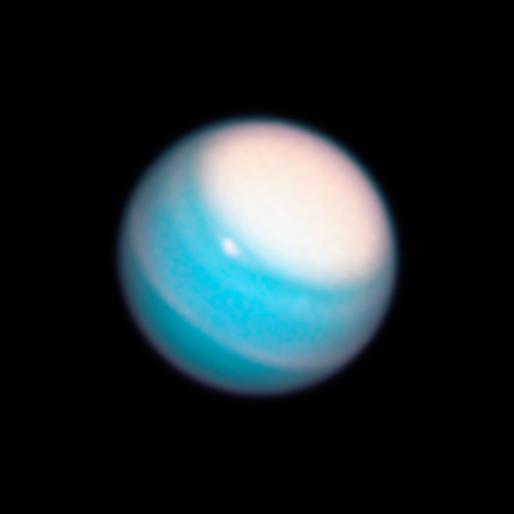 «Хаббл» получил новые снимки Урана и Нептуна