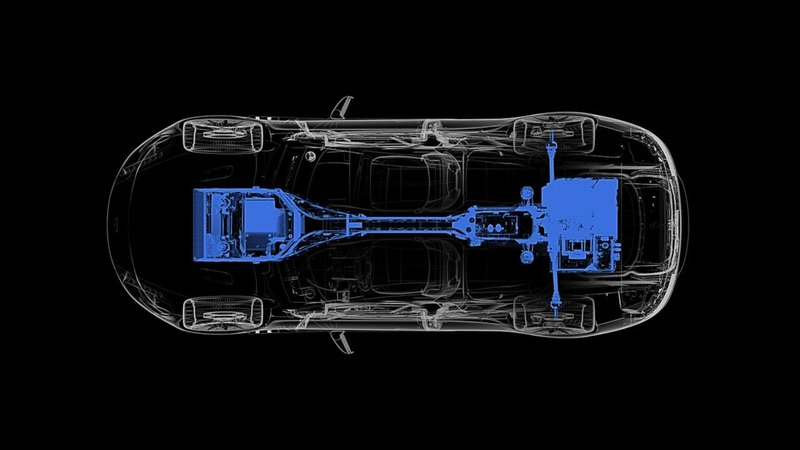 Aston Martin показал тизер электрического суперкара Rapide E