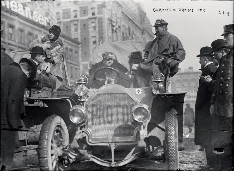 Из США в Париж через Россию: отчаянные автогонщики