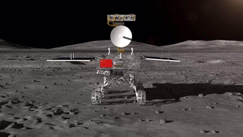 Китай запустил первый аппарат для посадки на обратную сторону Луны