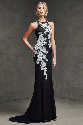 Особливості вибору вечірньої сукні