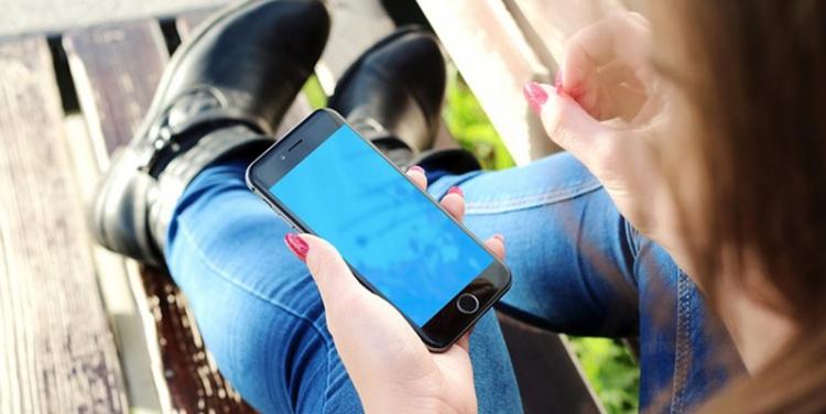 Ассортимент сенсорных экранов для телефонов и смартфонов