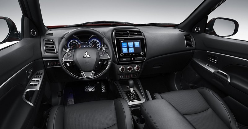 Mitsubishi обновила младший кроссовер ASX