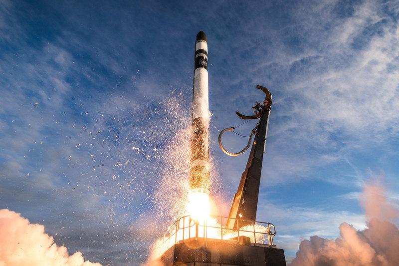 Rocket Lab запустила 13 малых спутников для NASA