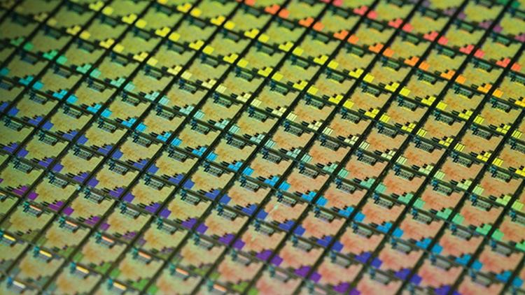 NVIDIA планирует выпустить 7-нм GPU в следующем году