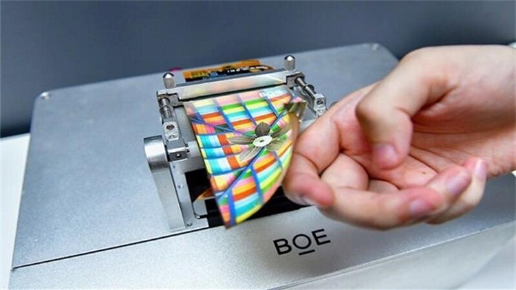 Утечка технологии гибких OLED грозит Samsung потерями в объёме