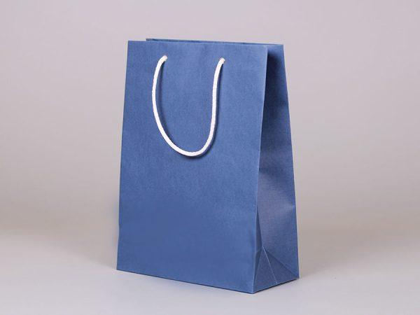 Бумажные пакеты с логотипом компании, как брендинг вашей фирмы