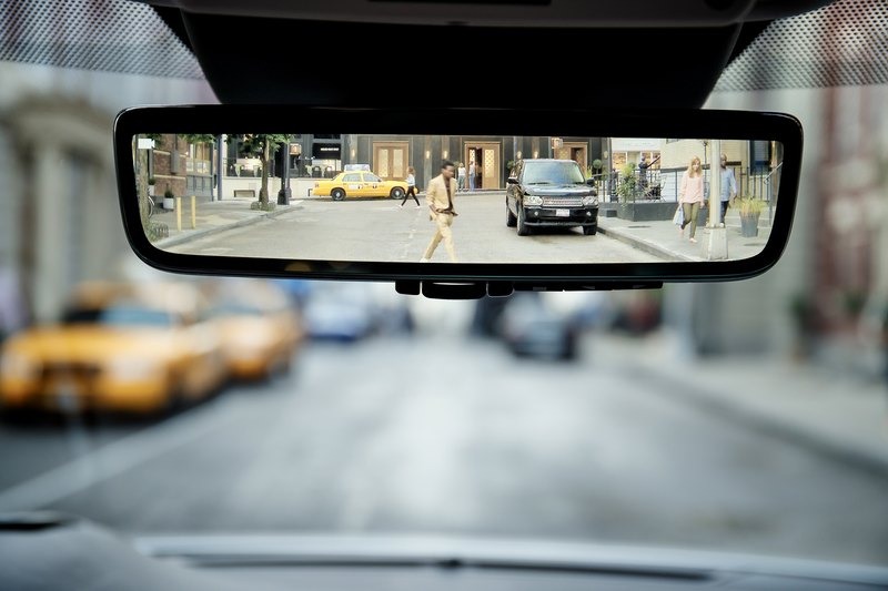 Новый Evoque стал самым продвинутым Range Rover