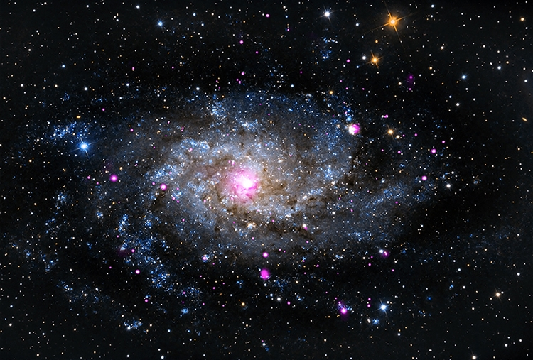 Фото дня: праздничное ассорти великолепных космических объектов