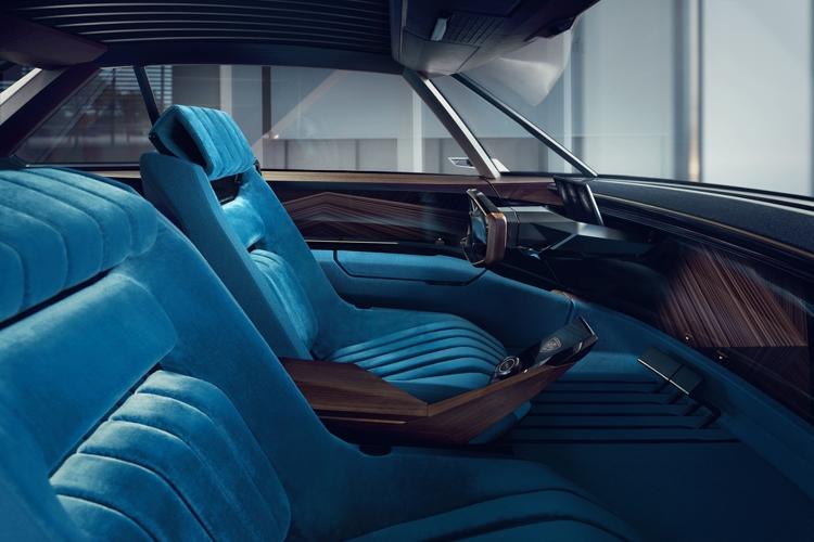 Peugeot e-Legend: необычный концепт-кар с электроприводом и автопилотом