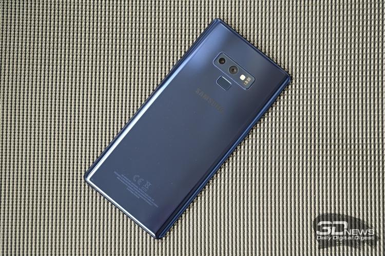 Фаблету Samsung Galaxy Note 10 приписывают наличие экрана размером 6,66