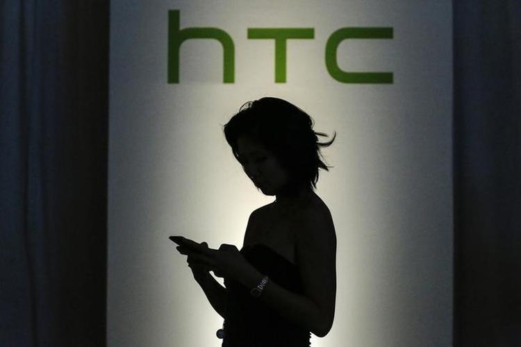 Обнародованы пресс-рендеры и характеристики мощного смартфона HTC U12+