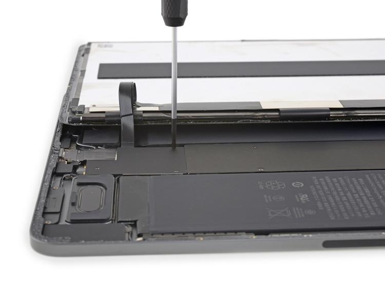 Вскрытие iPad Pro 11