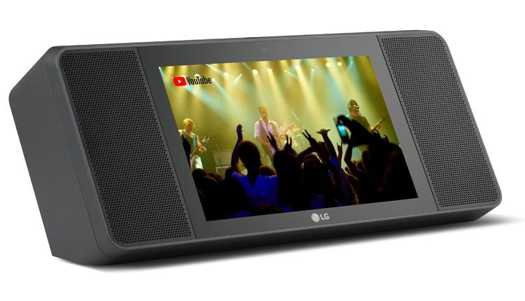 Смартфон LG Q Stylus с экраном FullVision представлен в трёх модификациях