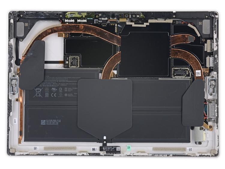Вскрытие Microsoft Surface Pro 6: планшет ремонту не подлежит