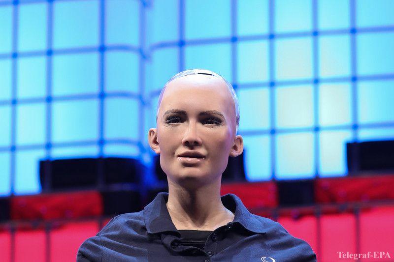 В Киеве презентовали робота-человека Софию