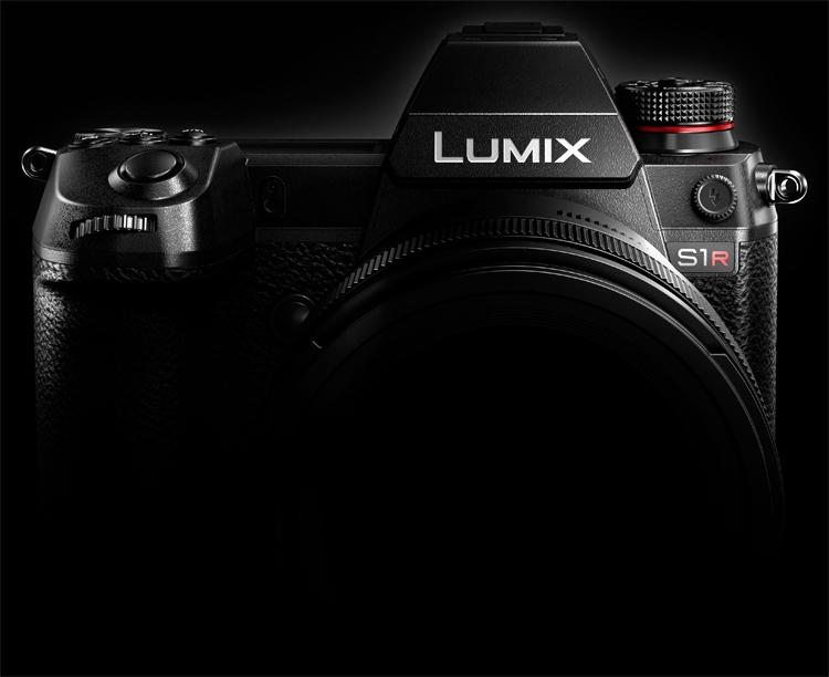 Panasonic выпустит две полнокадровые беззеркальные фотокамеры