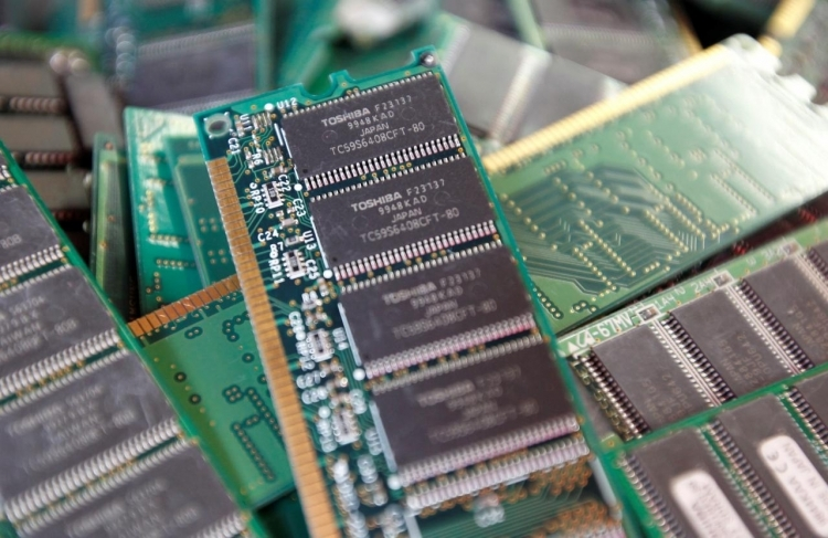 Toshiba не страшится перепроизводства NAND и не будет продавать Toshiba Memory
