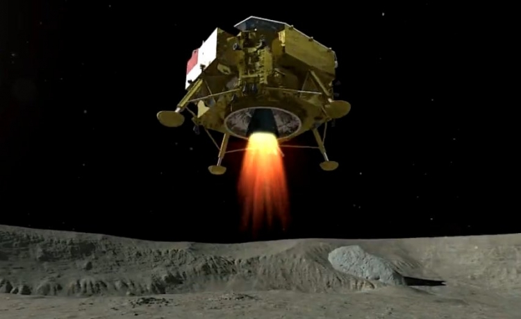 Китай первым посадил космический аппарат на обратной стороне Луны