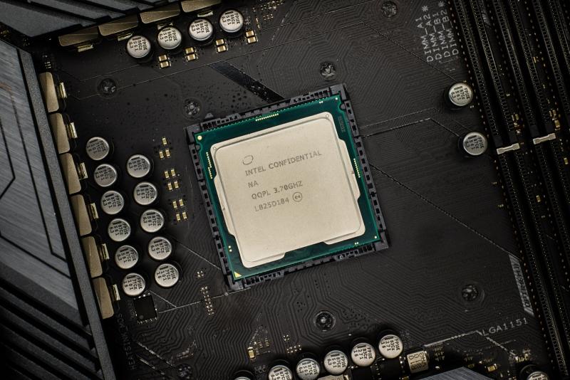Новая статья: Обзор процессора Intel Core i5-9600K: шестиядерник из восьмиядерника из шестиядерника