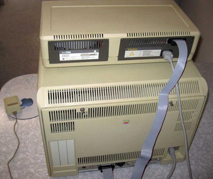 На eBay предлагают полностью функциональный компьютер Apple Lisa 1 за  000