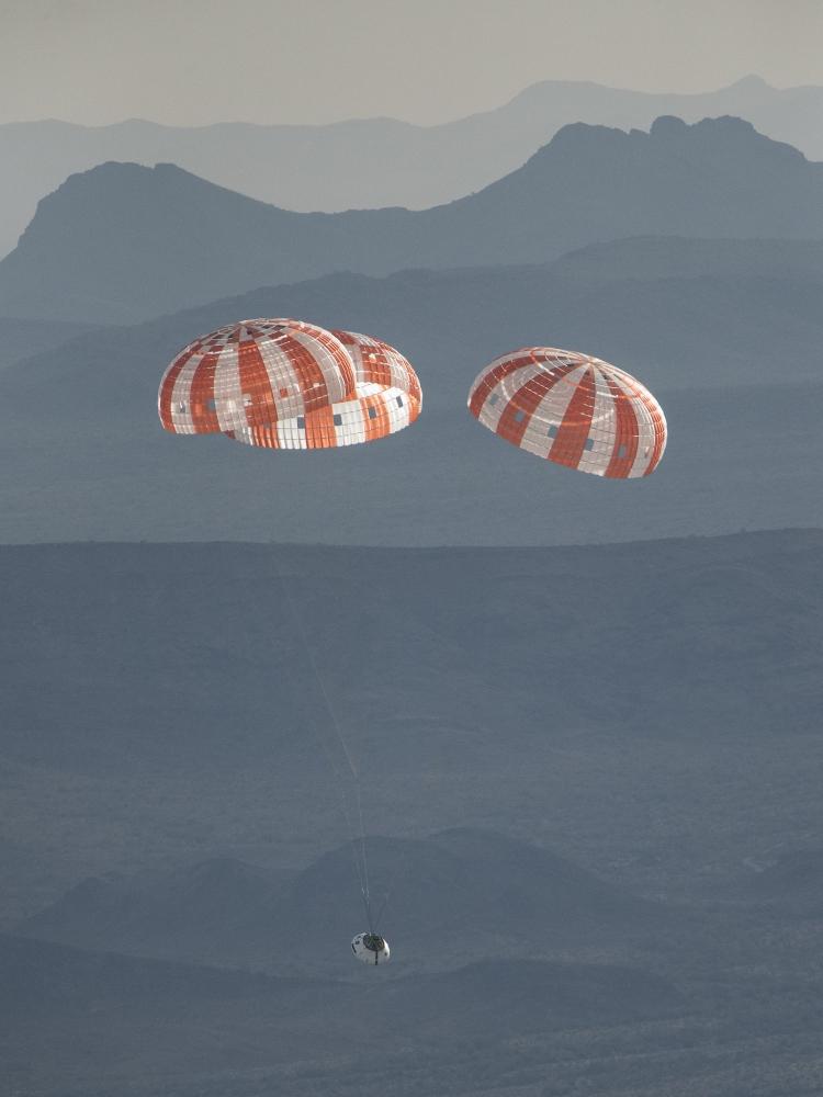 Сегодня можно будет наблюдать завершающее тестирование парашютов капсулы NASA Orion