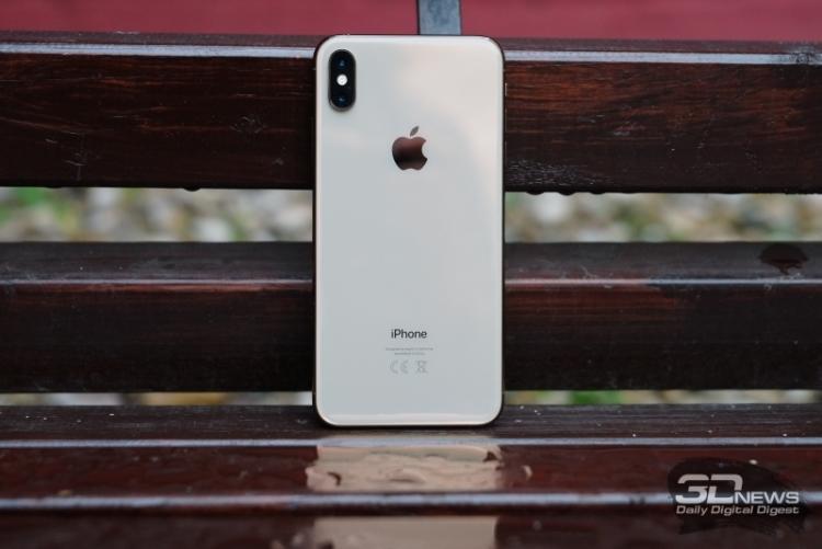 Аналитики снижают прогнозы продаж Apple  iPhone из-за слабого спроса