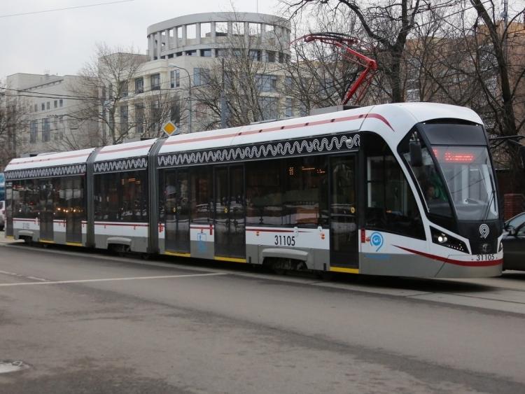 Начались испытания первого в Россиибеспилотного трамвая