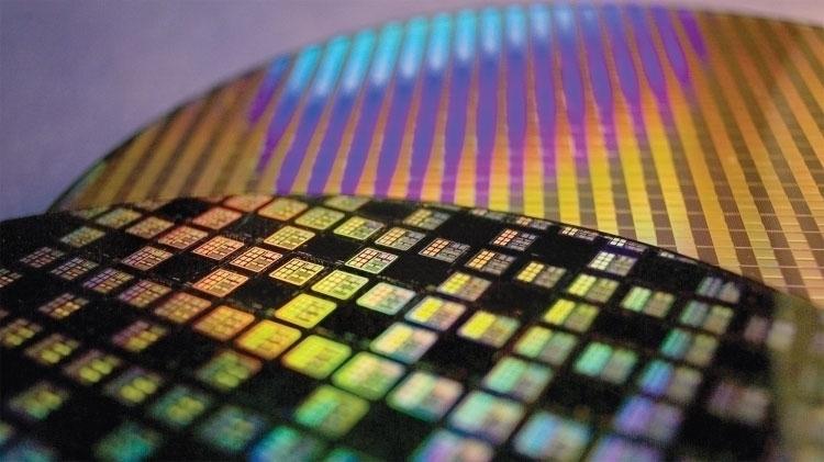 В Китае заработали линии по упаковке и тестированию 3D NAND и DRAM