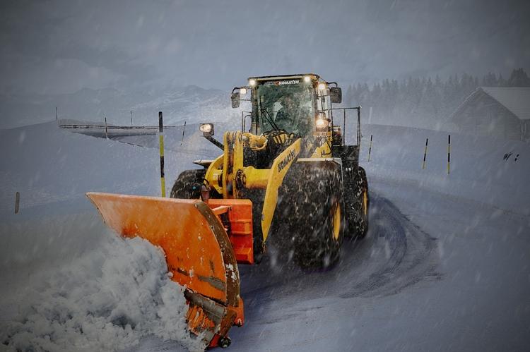В России начаты испытания роботизированных снегоуборочных машин