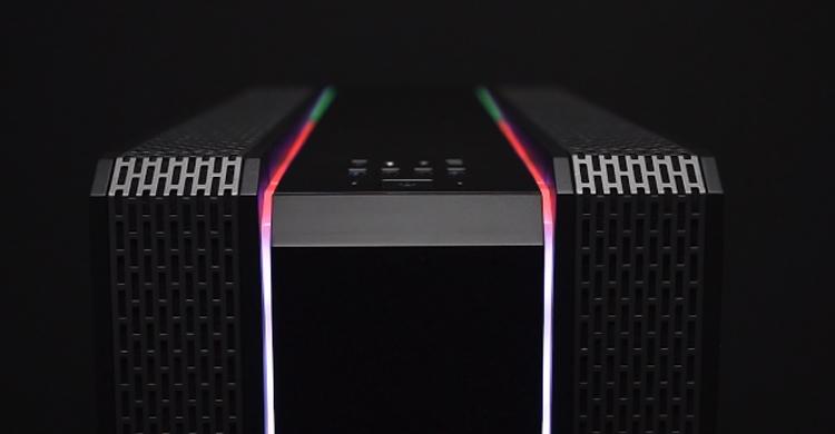 Корпус SilentiumPC Gladius GD8 TG ARGB украшен двумя RGB-полосами