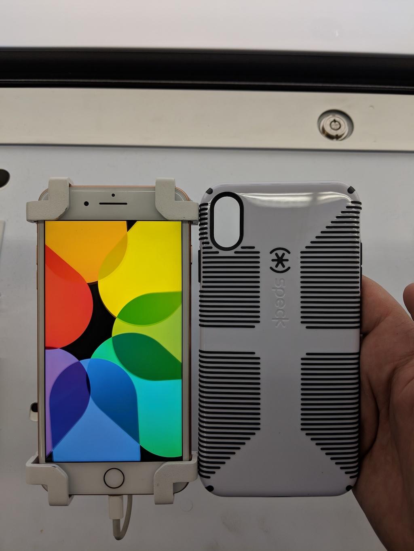 Apple представят обновленный дизайн новых iPhone XS